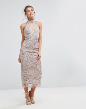 True Violet Кружевное платье миди с вырезом капелькой. Цвет: розовый