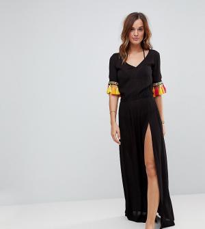 Akasa Пляжное платье макси с отделкой кисточками. Цвет: черный