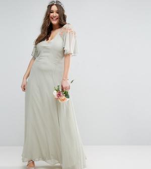 ASOS Curve Платье макси с кейпом и кружевом WEDDING. Цвет: зеленый