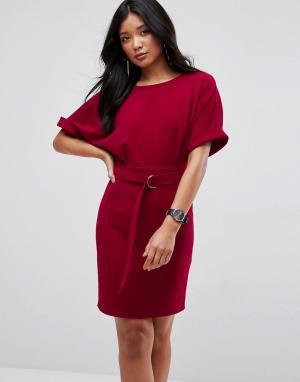 ASOS Платье-футляр мини с поясом и D-образным кольцом Ultimate. Цвет: красный