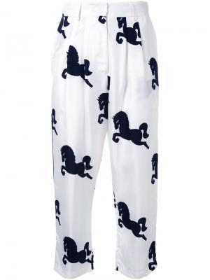 Укороченные брюки Macgraw. Цвет: белый
