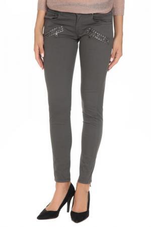Зауженные джинсы с карманами GF FERRE. Цвет: серый