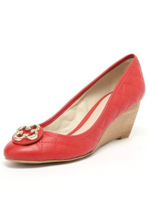 Туфли Capodarte. Цвет: красный