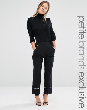 Alter Petite Укороченные пижамные брюки с контрастной отделкой. Цвет: черный