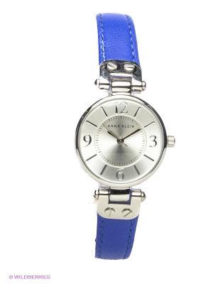 Часы ANNE KLEIN. Цвет: серебристый, синий
