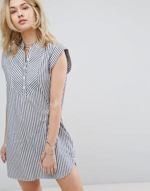 Abercrombie & Fitch Платье в полоску без воротника. Цвет: мульти