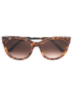 Солнцезащитные очки в оправе кошачий глаз Thierry Lasry. Цвет: коричневый