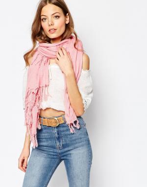 Becksondergaard Oversize-шарф с бахромой Becksondegaard. Цвет: розовый