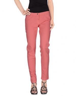 Джинсовые брюки BETTY BLUE. Цвет: розовый
