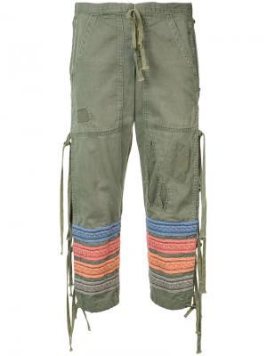 Укороченные брюки с вышитыми полосками Greg Lauren. Цвет: зелёный