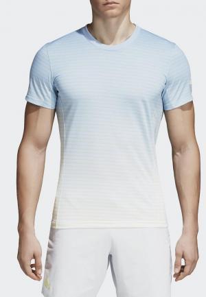 Футболка спортивная adidas. Цвет: голубой