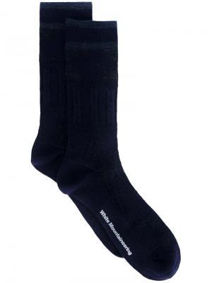 Носки с полосками White Mountaineering. Цвет: синий