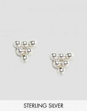 Fashionology Серебряные сережки в виде шариков треугольнике. Цвет: серебряный