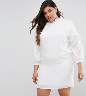 Fashion Union Plus Свободное платье с длинными рукавами и сборками. Цвет: белый