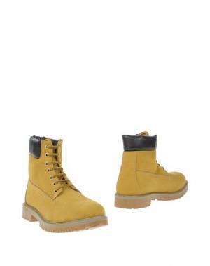 Полусапоги и высокие ботинки BERCOS. Цвет: песочный