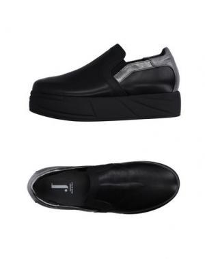 Низкие кеды и кроссовки JEANNOT. Цвет: черный