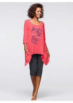 Пижама-капри. Цвет: ярко-розовый с рисунком