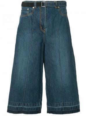 Укороченные джинсовые кюлоты Sacai. Цвет: синий