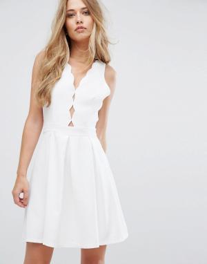 Adelyn Rae Приталенное платье со свободной юбкой Serena. Цвет: белый