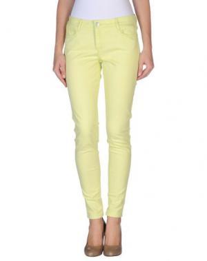 Джинсовые брюки BLEULAB. Цвет: светло-зеленый