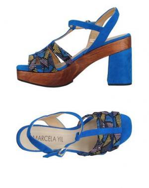 Сандалии MARCELA YIL. Цвет: ярко-синий