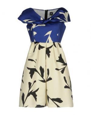 Короткое платье ONE. Цвет: слоновая кость