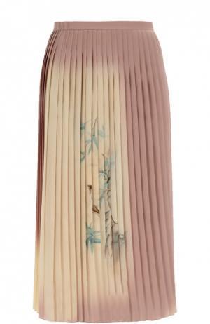 Шелковая плиссированная юбка с принтом Valentino. Цвет: светло-розовый