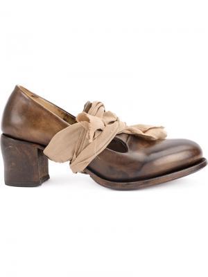 Массивные туфли-лодочки с бантом Cherevichkiotvichki. Цвет: коричневый