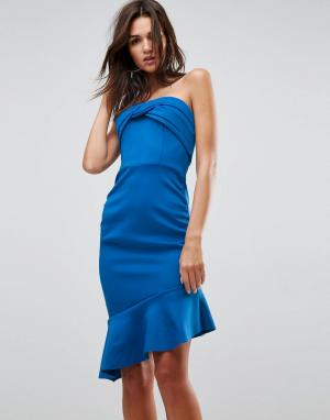 ASOS Присборенное платье бандо миди с оборкой на подоле. Цвет: красный