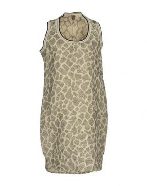Короткое платье JIJIL. Цвет: бежевый