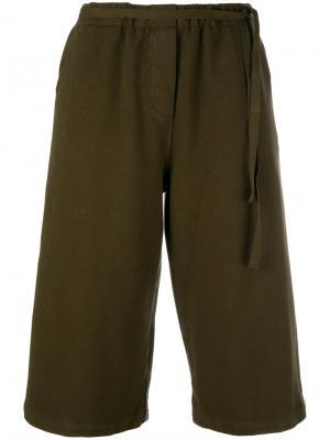 Укороченные брюки Jone Humanoid. Цвет: коричневый
