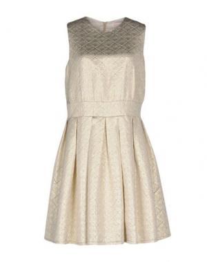Короткое платье JUST IN CASE. Цвет: платиновый
