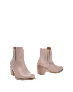 Полусапоги и высокие ботинки GUGLIELMO ROTTA. Цвет: телесный