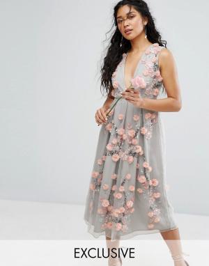 Amelia Rose Платье миди в винтажном стиле с вышивкой и объемной аппликацией. Цвет: зеленый