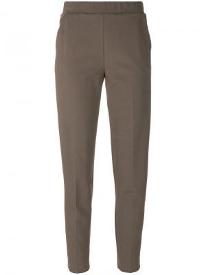 Зауженные книзу спортивные брюки Le Tricot Perugia. Цвет: коричневый