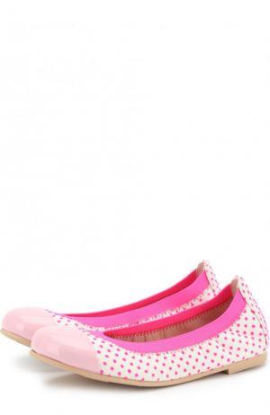 Кожаные балетки в горох с лаковым мысом Pretty Ballerinas. Цвет: розовый