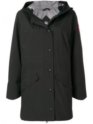 Пальто с капюшоном Canada Goose. Цвет: чёрный