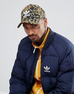 Adidas Originals Кепка с камуфляжным принтом CE4870. Цвет: зеленый