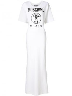 Длинное платье с принтом-логотипом Moschino. Цвет: белый
