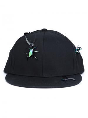 Бейсбольная кепка с кристаллами Piers Atkinson. Цвет: чёрный