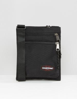 Eastpak Черная сумка Rusher. Цвет: черный