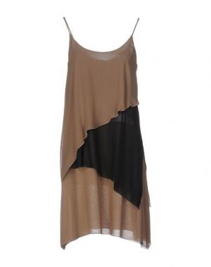 Короткое платье FABRIZIO LENZI. Цвет: хаки