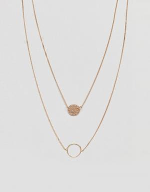 ASOS Многорядное ожерелье с филигранным диском и кольцом DESIGN. Цвет: золотой