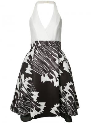 Расклешенное платье с вырезом-халтер Halston Heritage. Цвет: белый
