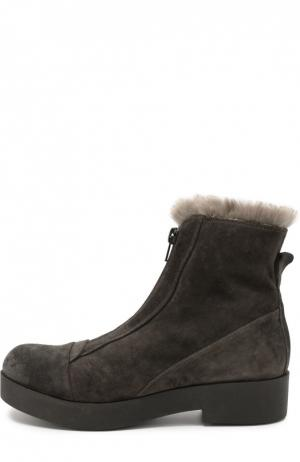 Замшевые ботинки с внутренней отделкой из меха Baldan. Цвет: серый