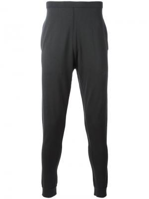 Спортивные брюки с вышивкой Label Under Construction. Цвет: серый