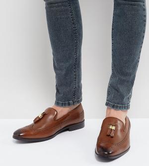 ASOS Светло-коричневые кожаные лоферы для широкой стопы с золотистыми кисто. Цвет: рыжий
