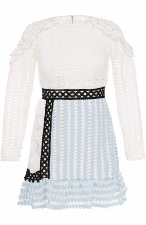 Кружевное мини-платье с длинным рукавом self-portrait. Цвет: белый