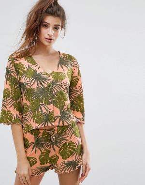 Chelsea Peers Пижама с шортами и пальмовым принтом. Цвет: мульти