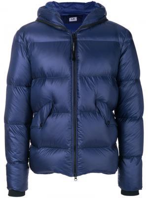 Куртка-пуховик с капюшоном CP Company. Цвет: синий